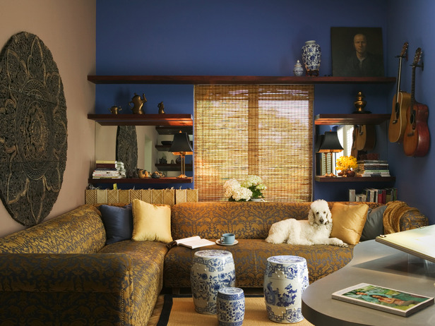 DP_Jane-Ellison-elegant-asian-style-living-room-blue-walls_s4x3_lg