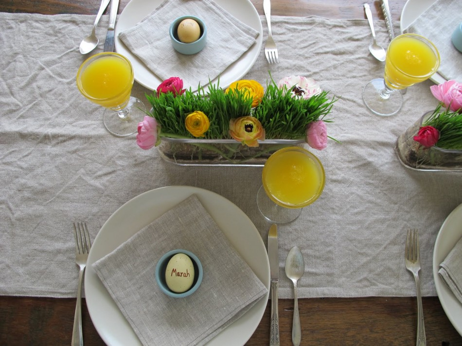 Centerpieces, mimosas and eggs