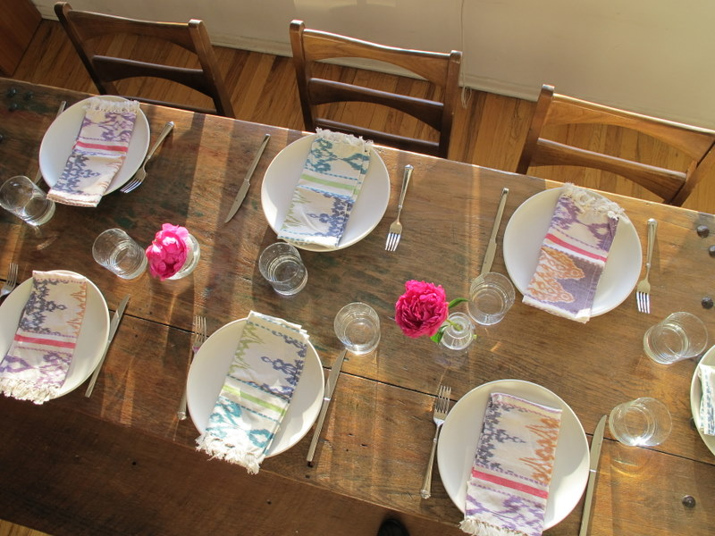 Summer Table Close