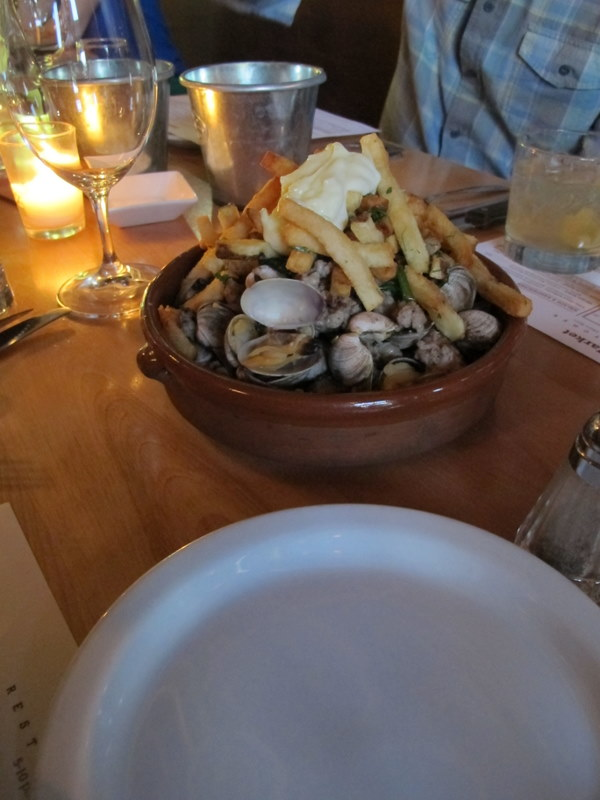 clams and frites at laurelhurst market