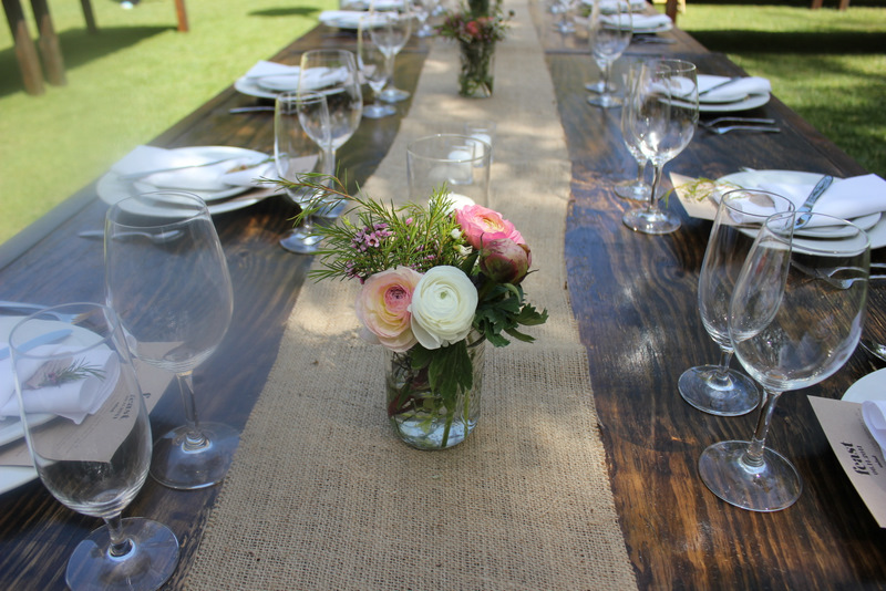 burlap runner, long tables, wedding table decor