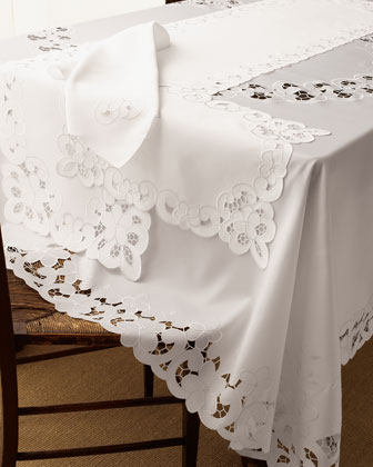 lacy table linens, eyelet table linens