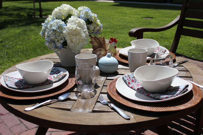 Impressive Outdoor Breakfast Table Setting 800 x 534 · 210 kB · jpeg