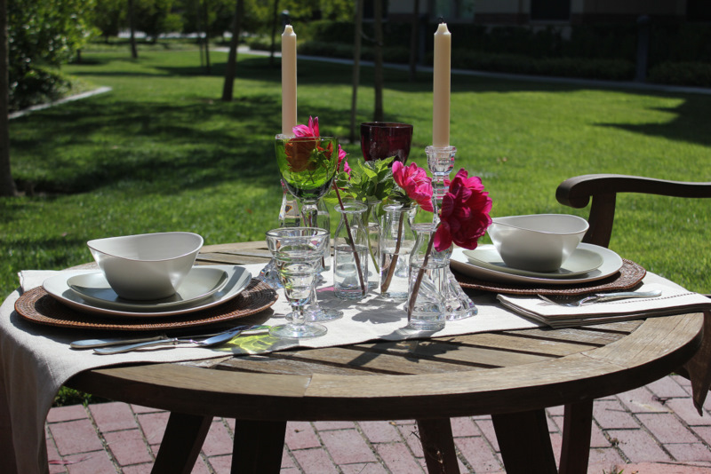 Elegant Outdoor Dinner Table Apples Amp Onions