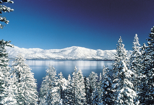 winter-tahoe-lake